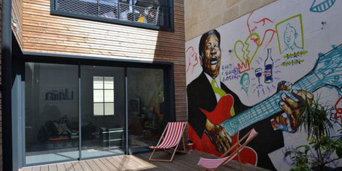 terrasse graffiti maison architecture