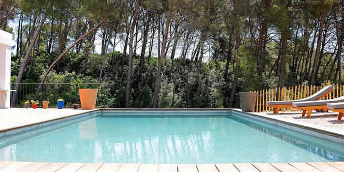 piscine construction maison neuve