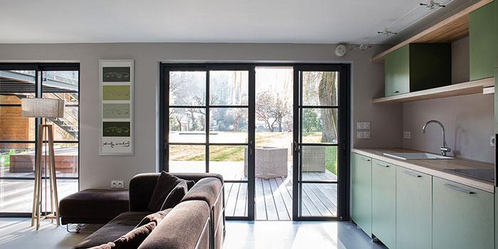 salon terrasse cuisine maison