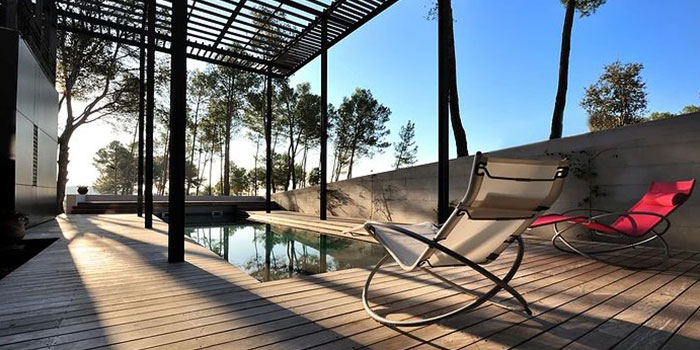terrasse maison contemporaine piscine