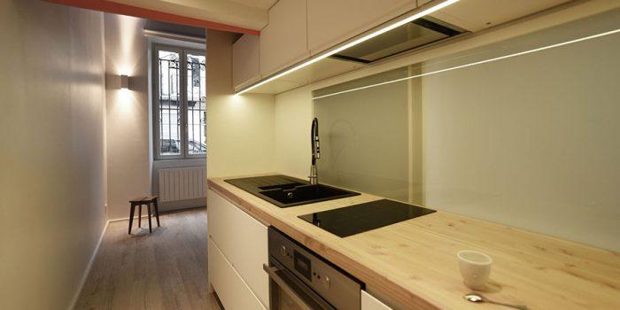 cuisine petit studio rénové