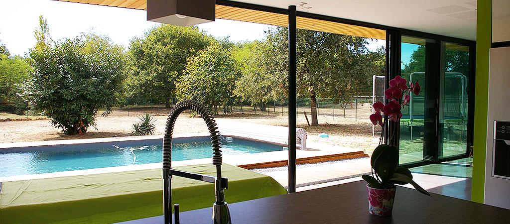 cuisine vue piscine architecture