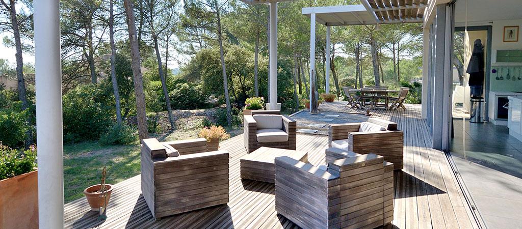 terrasse vue piscine maison