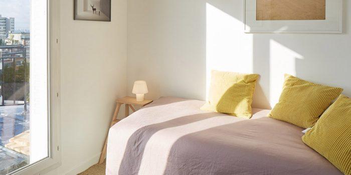 petit studio renové lit