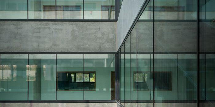 facade vitres beton architecture