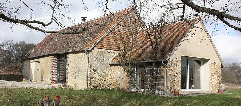 façade ancienne ferme renovée
