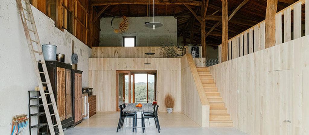 architecture séjour ferme rénovée