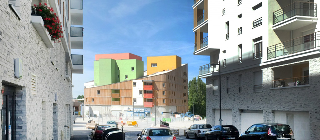 logements colorés construction archtecte