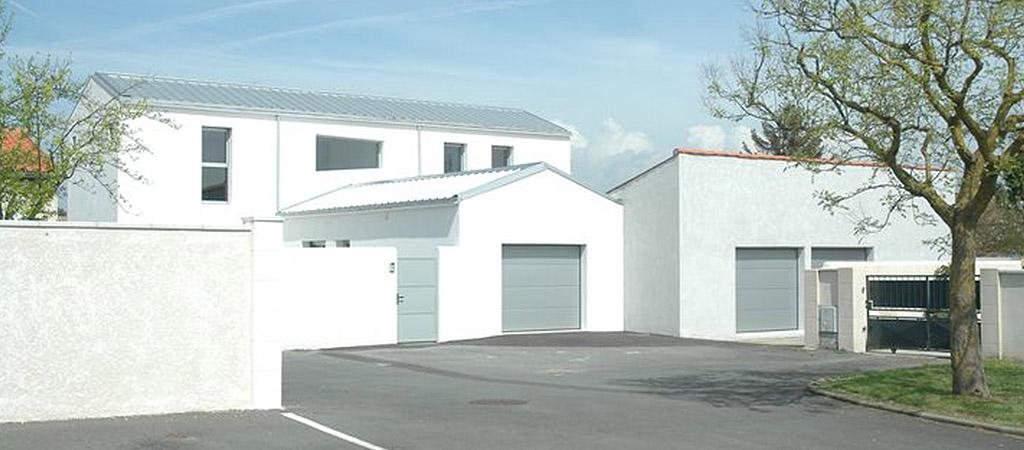 facade blanche maison architecture
