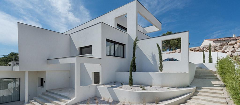 facade blanche villa moderne